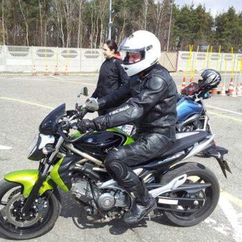 motor kurs prawo jazdy PROGRESS Częstochowa - nauka jazdy